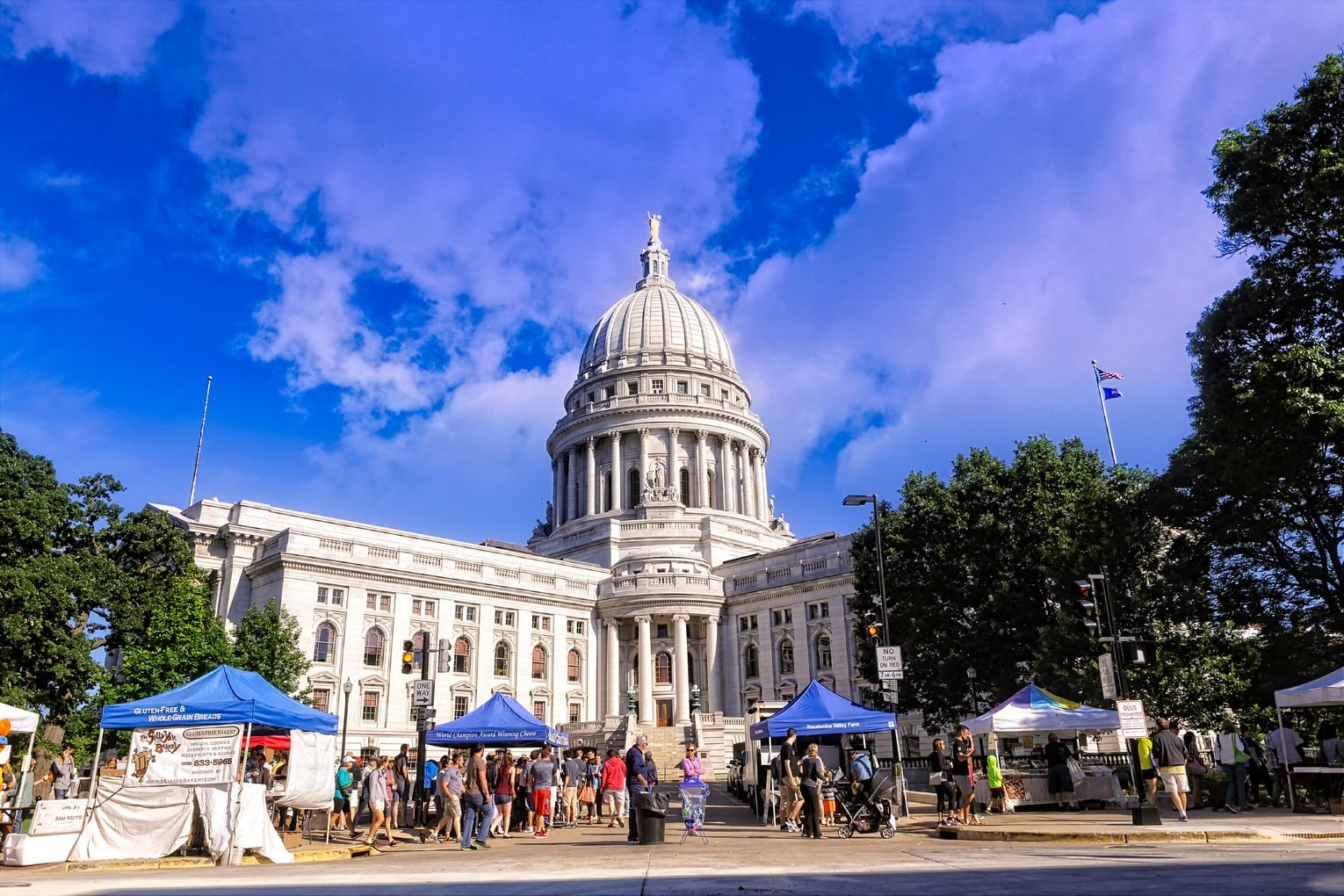 Laura-Lahti-Real-Estate-Downtown-Madison-Farmers-Market-1